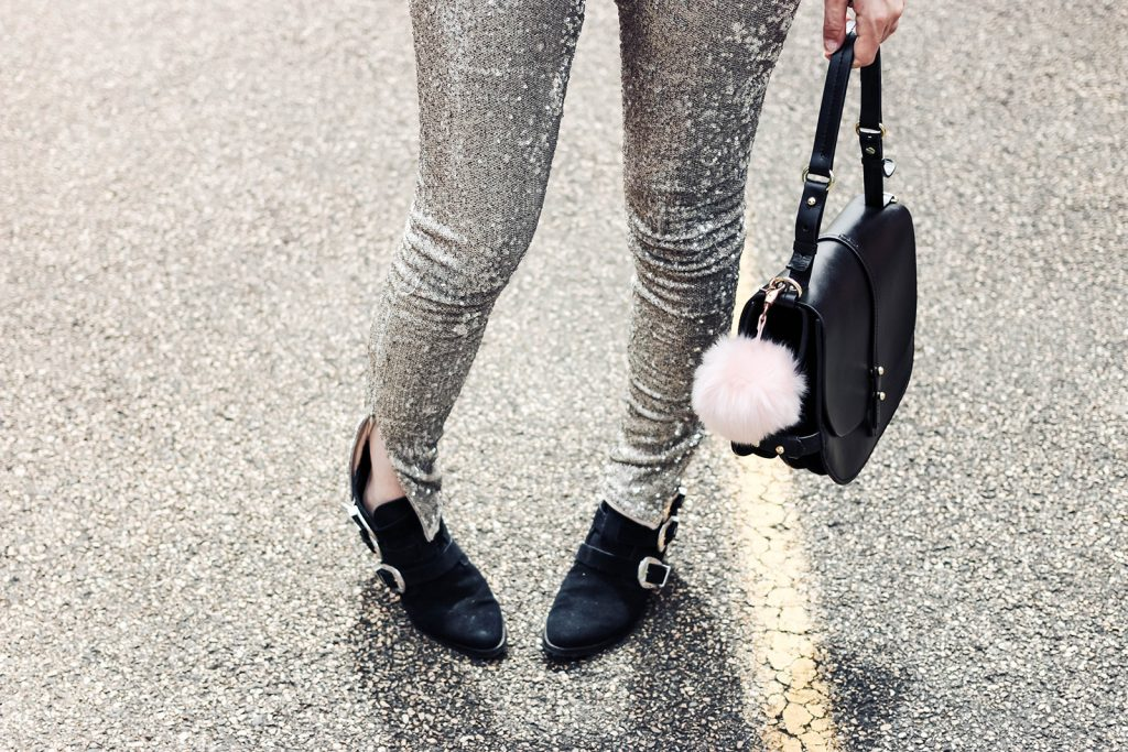 Look : Comment porter le pantalon paillettes ?