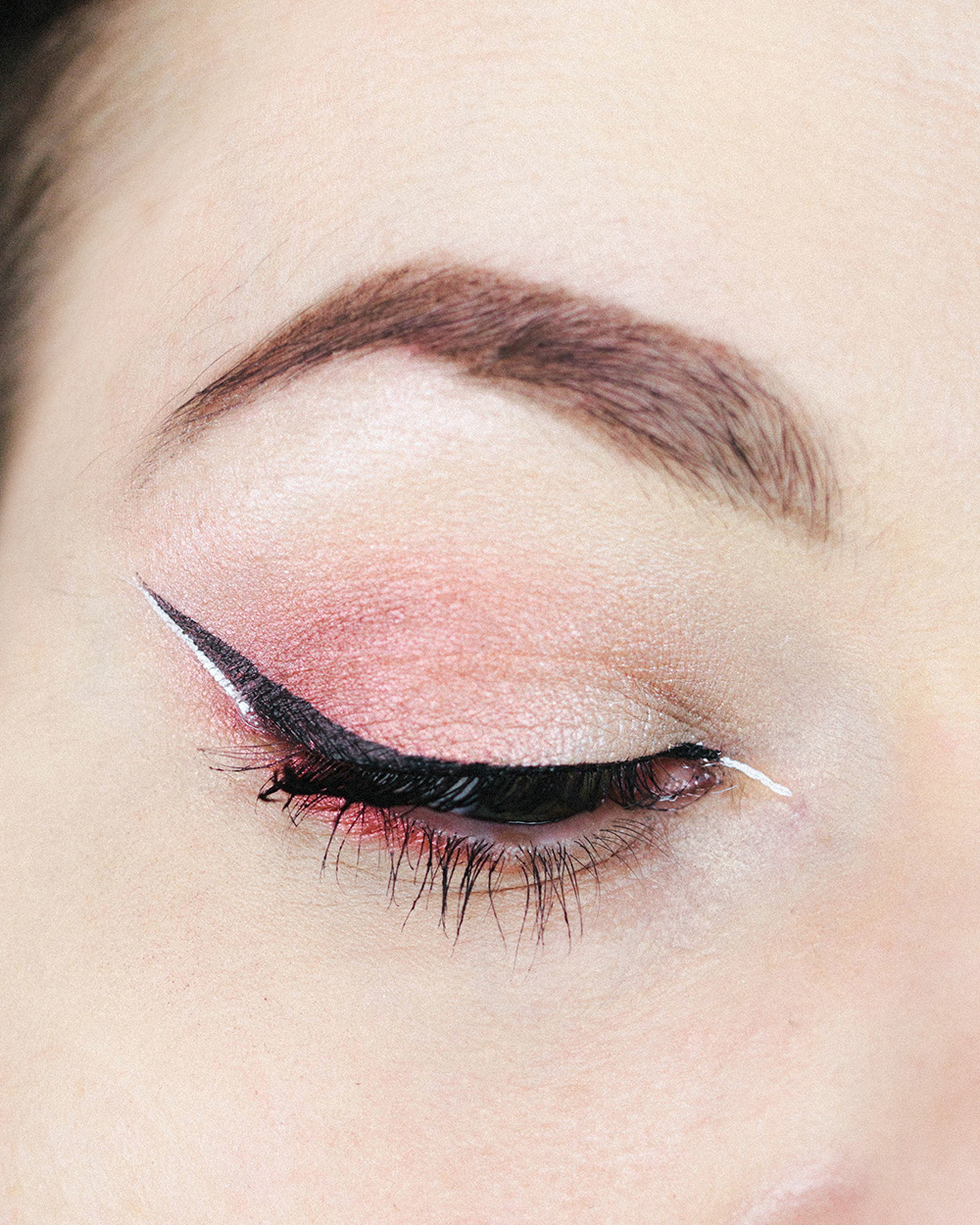 makeup red nyx