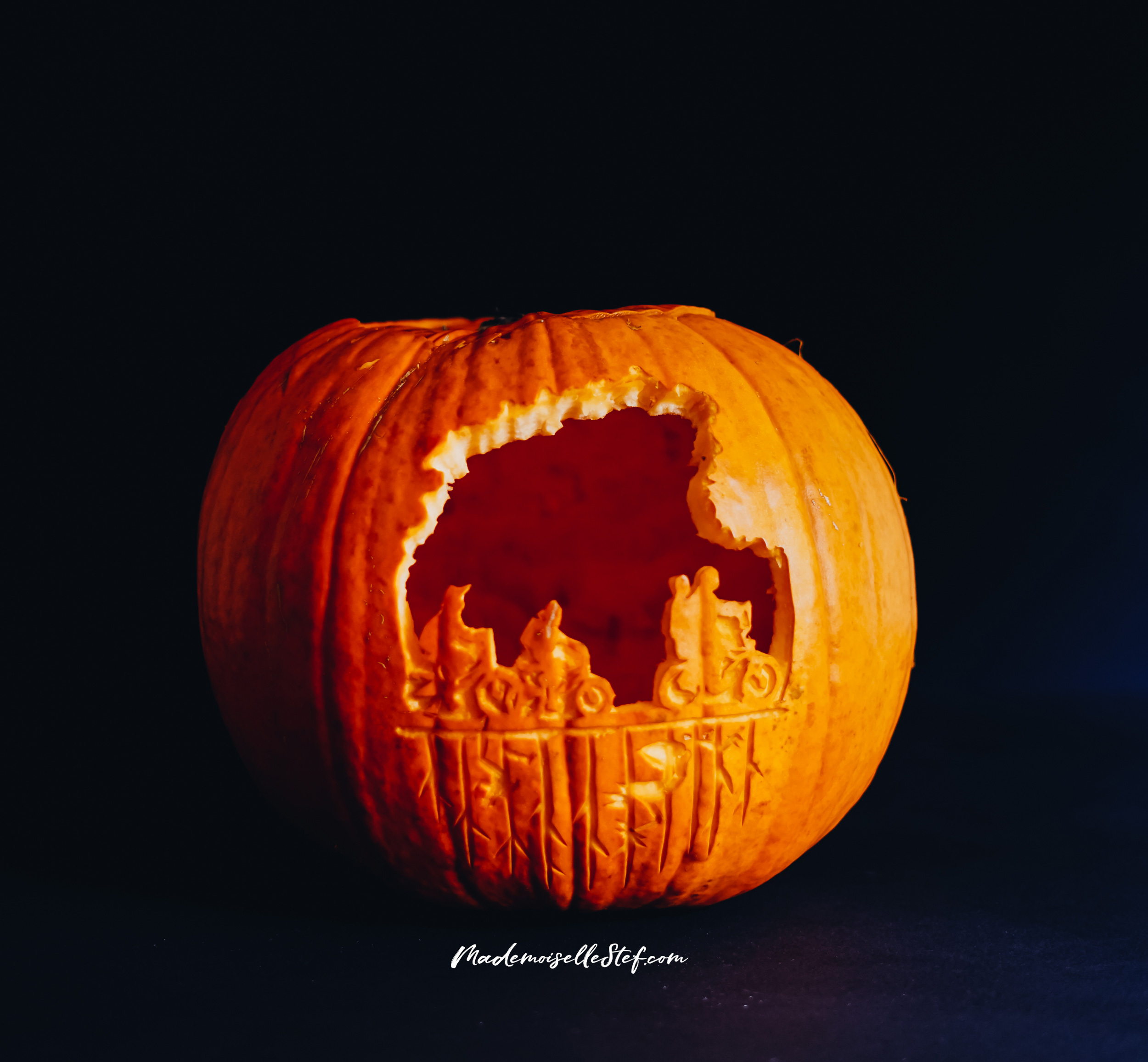 halloween carving pumpkin stranger things